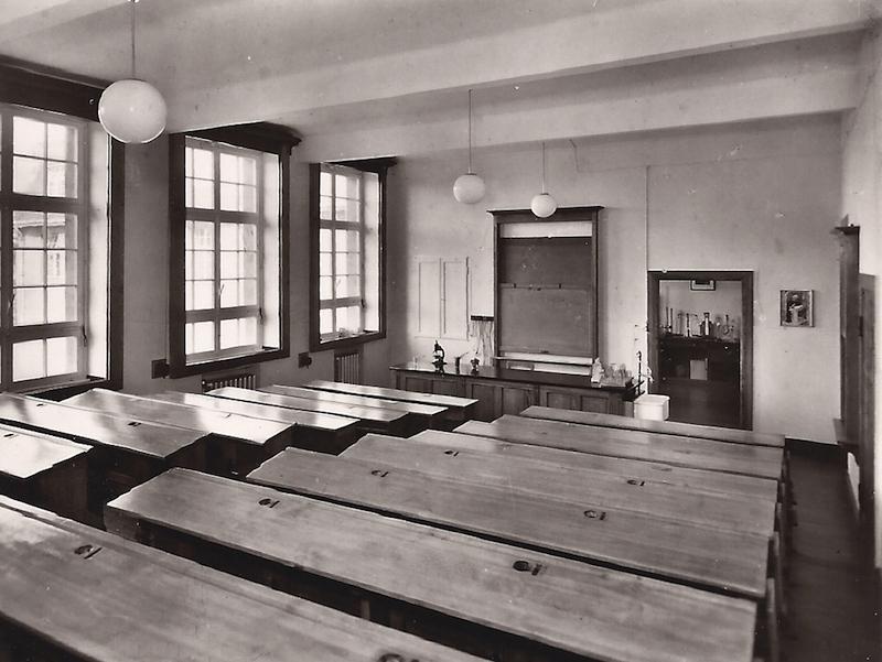 9 - Physiksaal